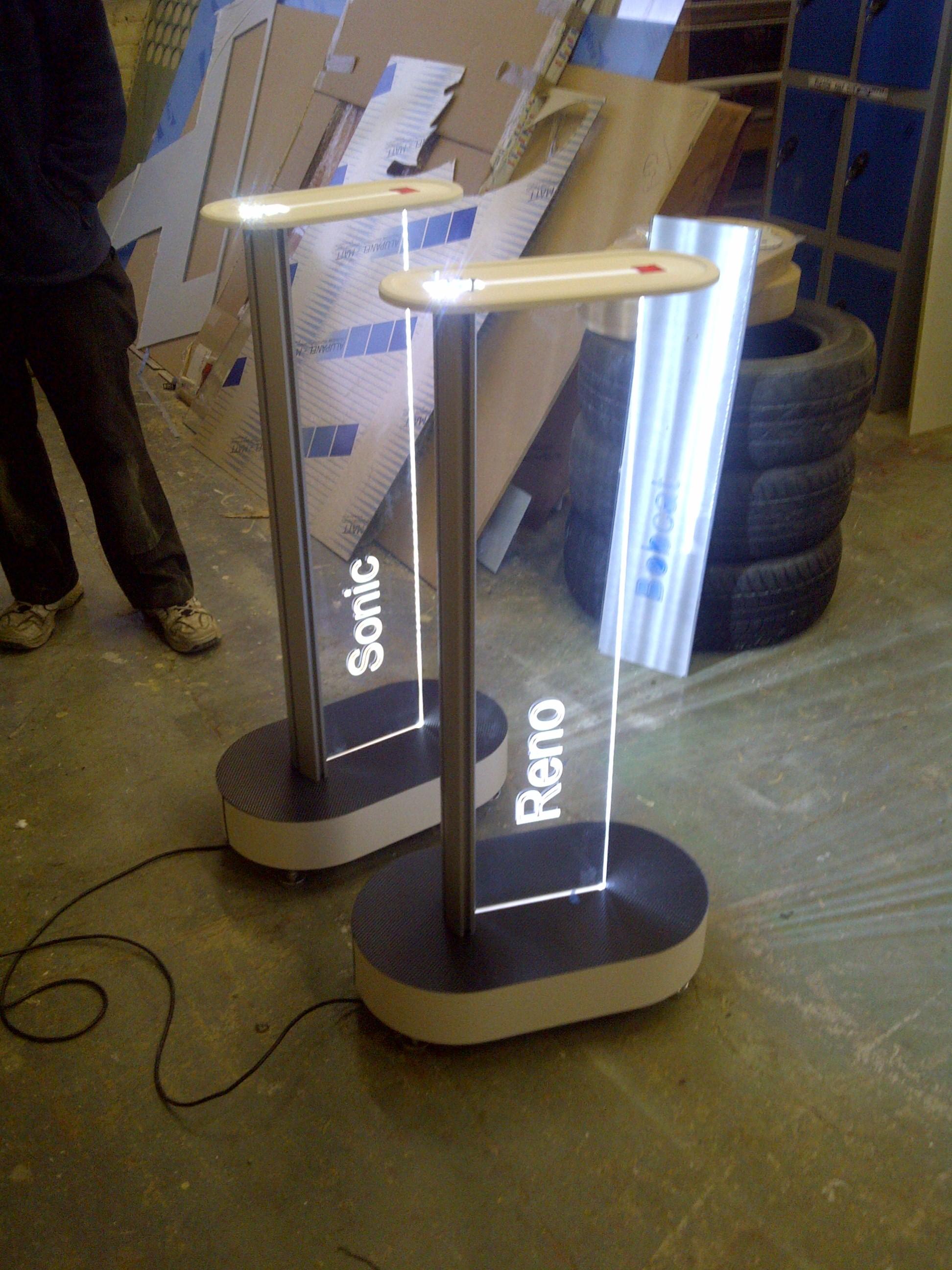 Exhibition Display Plinths : Gallery